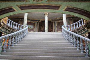 aleksandropol hotel